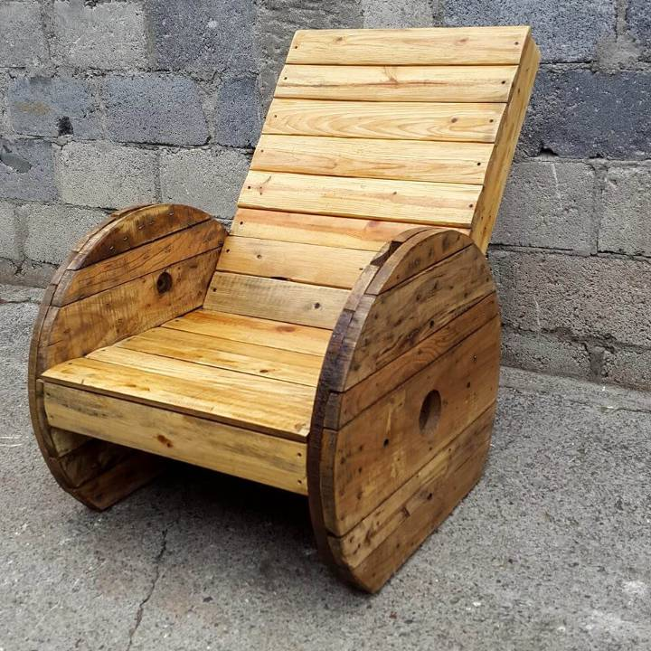 pallet and old spool wheel outdoor chair