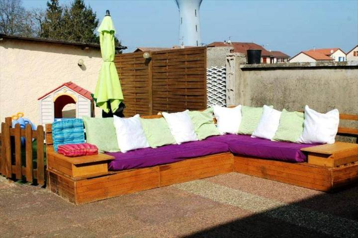 wooden pallet L-shape sofa