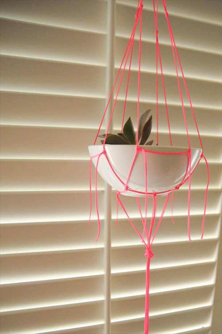 free macrame planter hanger pattern