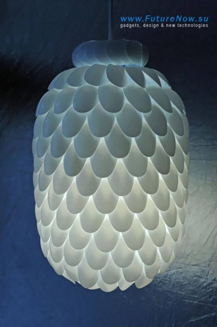 DIY creative plastic spoon lampshade