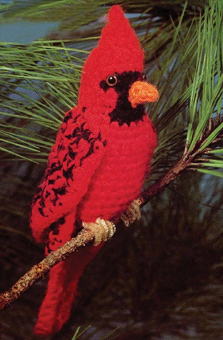DIY crochet cardinal