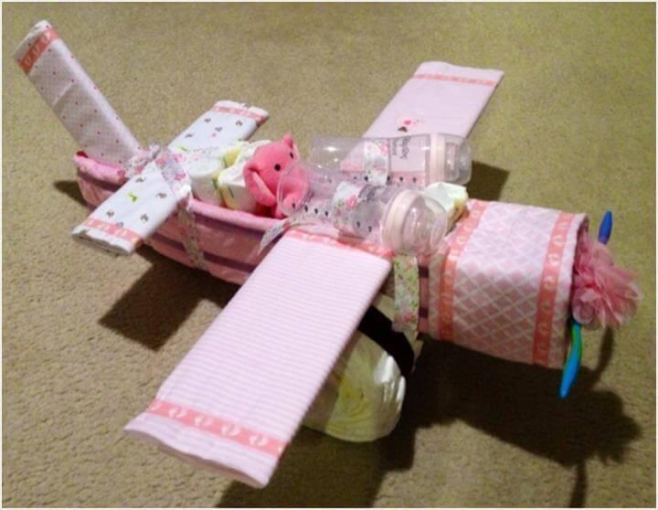 awesome diaper airplane cake