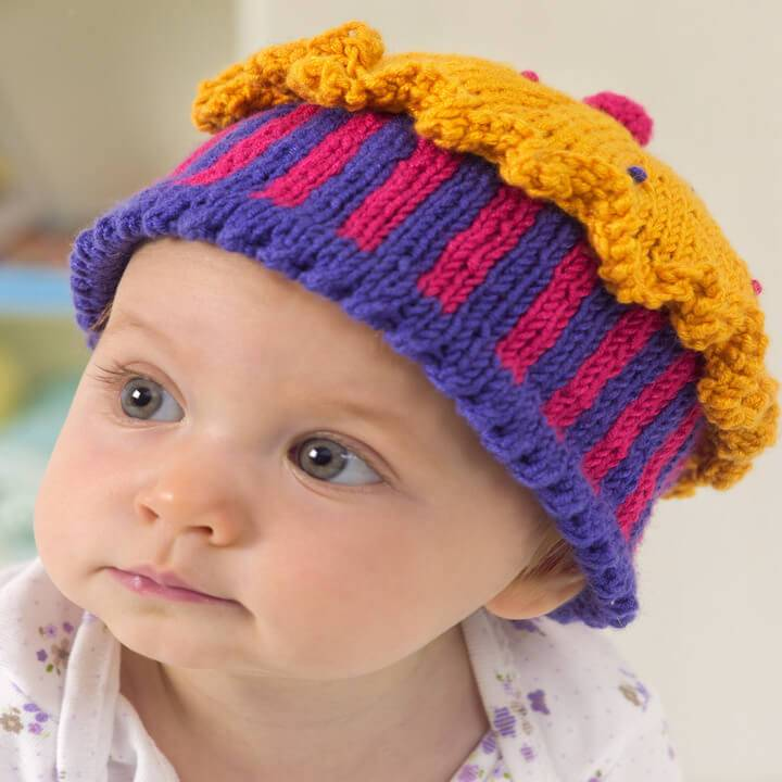easy-to-crochet baby confection hat