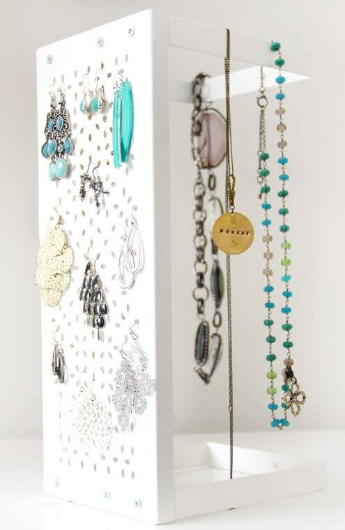 100 diy jewelry organizers storage ideas full. Black Bedroom Furniture Sets. Home Design Ideas