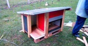 Old Door Panels and Pallet Dog House – DIY