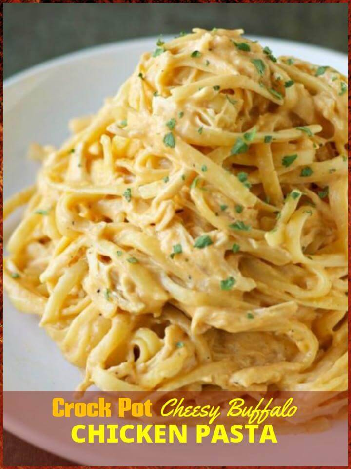 easy crock pot cheesy buffalo chicken pasta