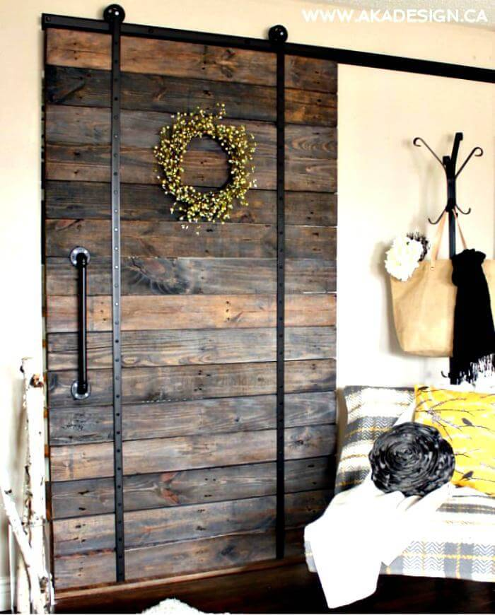 Wooden DIY Pallet Door