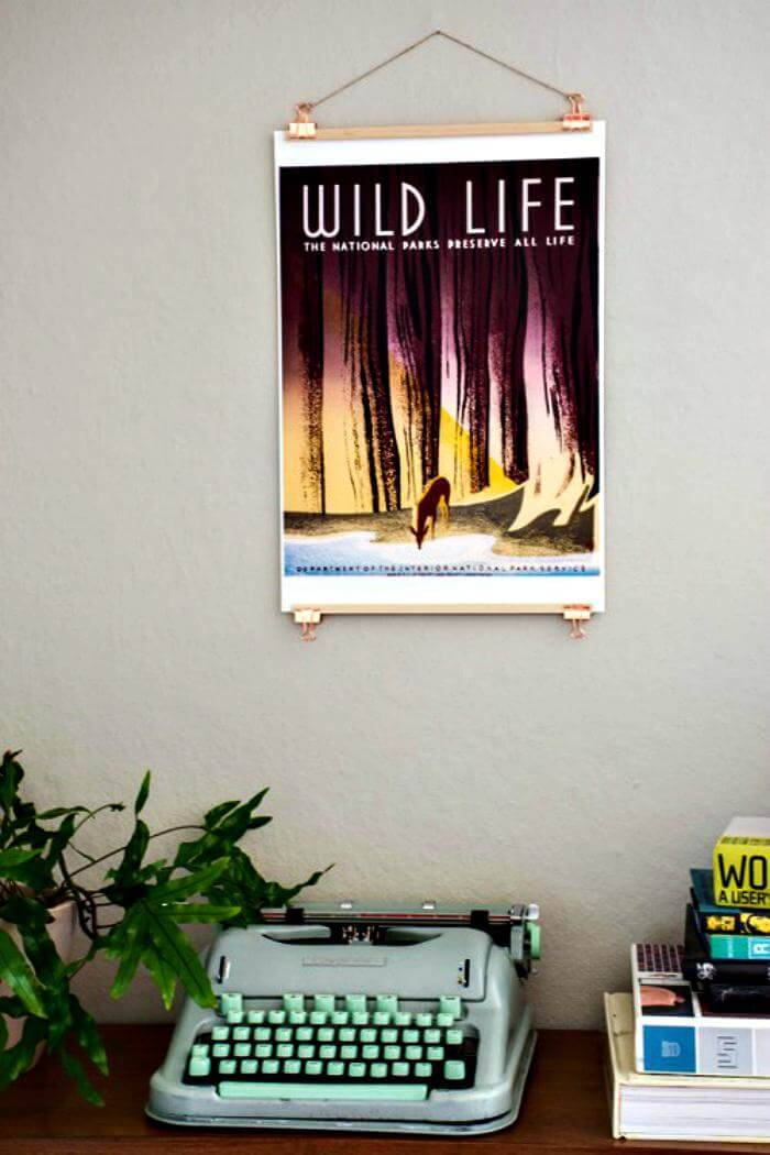 easy yet beautiful poster hanger