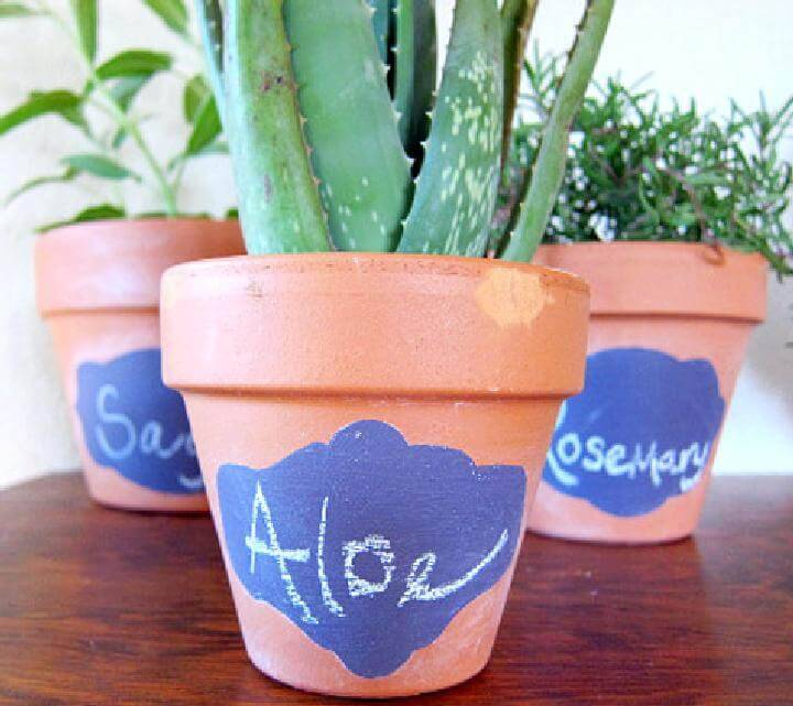 DIY Customized Chalkboard Pots
