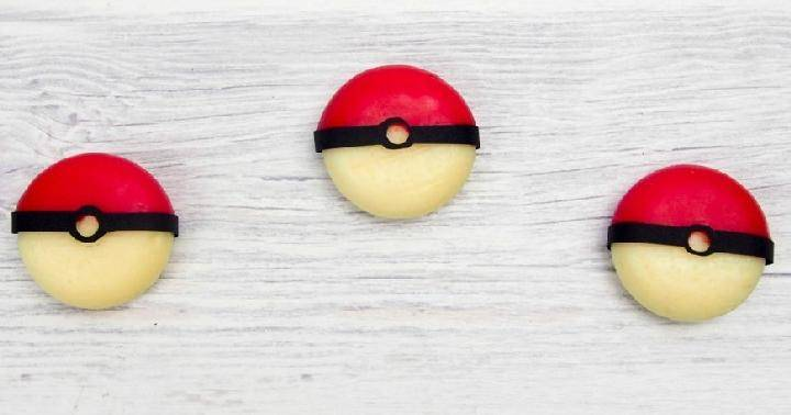 DIY Easy Edible Pokemon Balls
