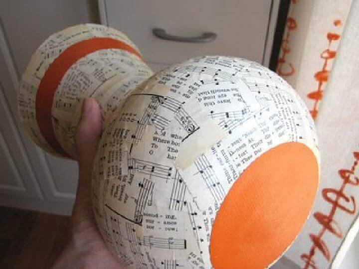 DIY Easy Newspaper Vase