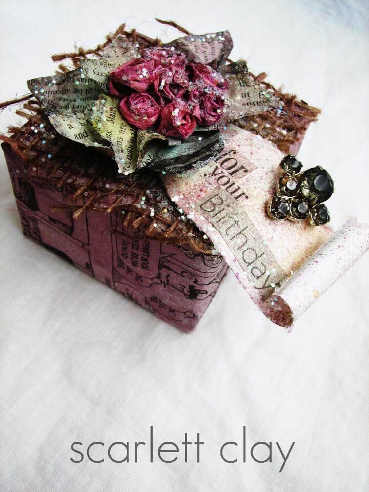 DIY Newspaper Gift Bow