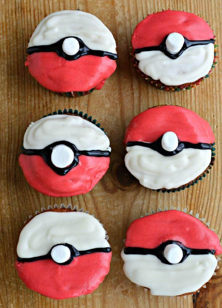 Super Yummy Pokeball Cupcakes