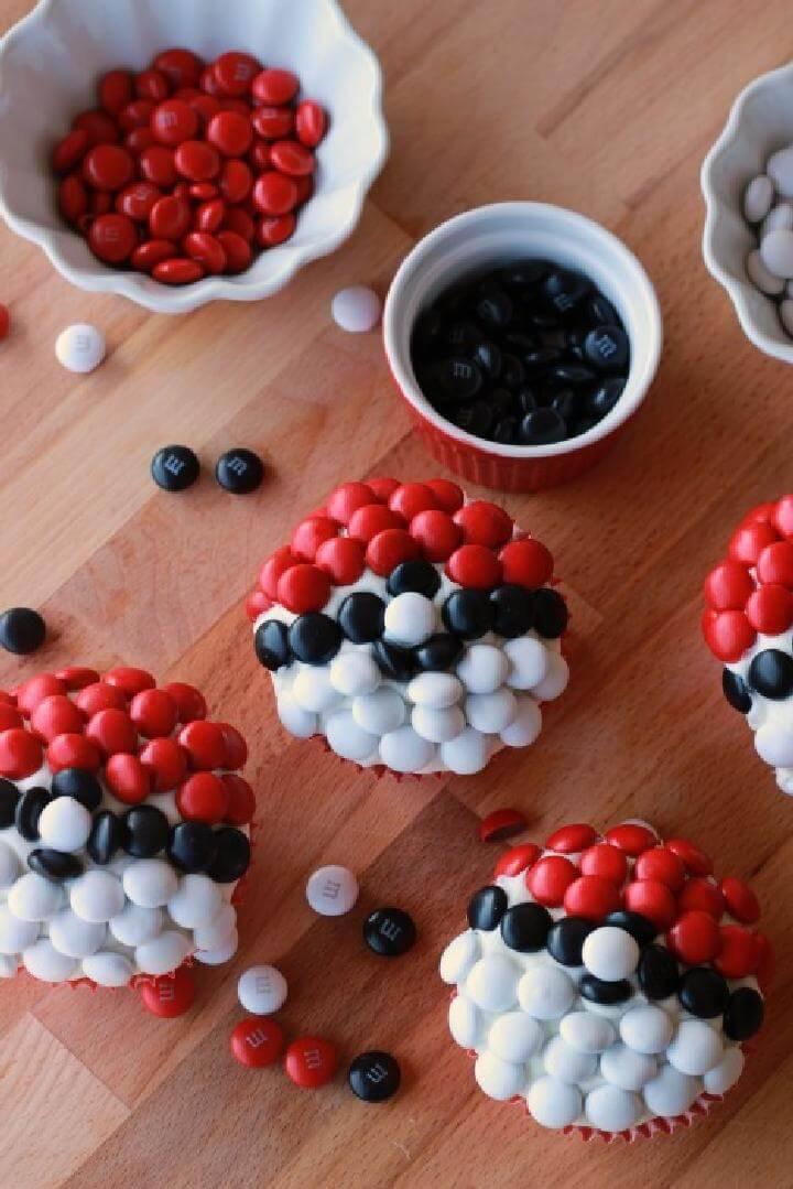 DIY Pokeball Homemade Cupcakes