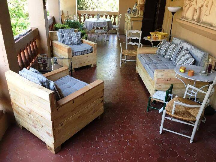 Wooden Pallet Sofa Set
