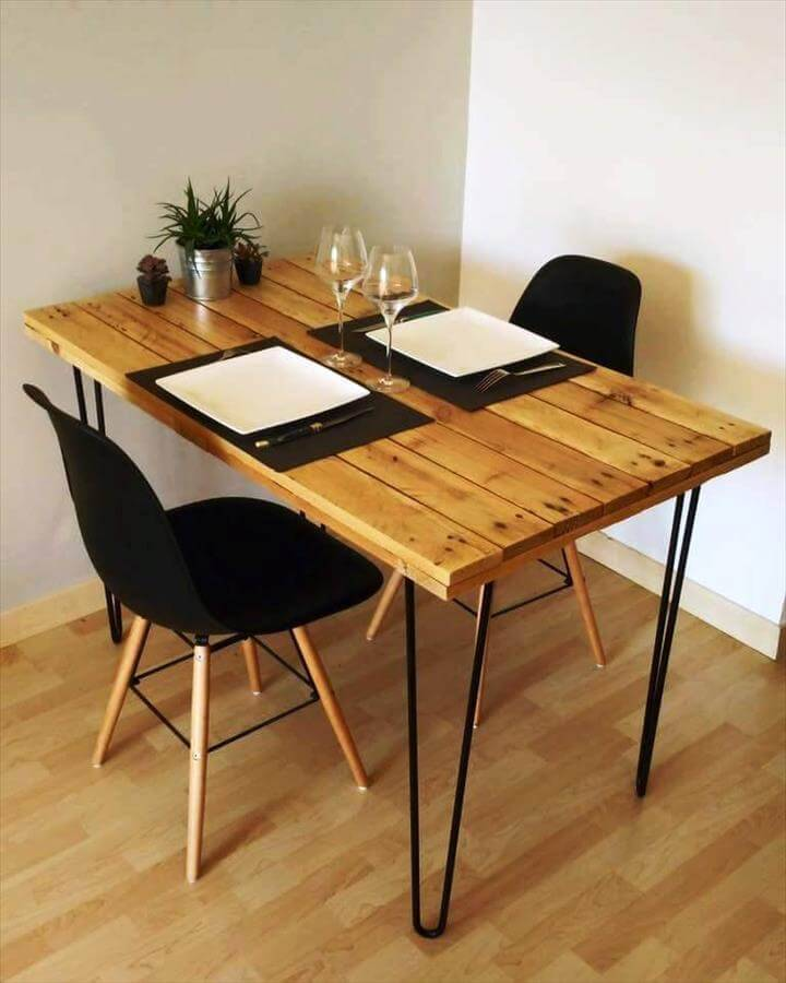 chick in style pallet dining table