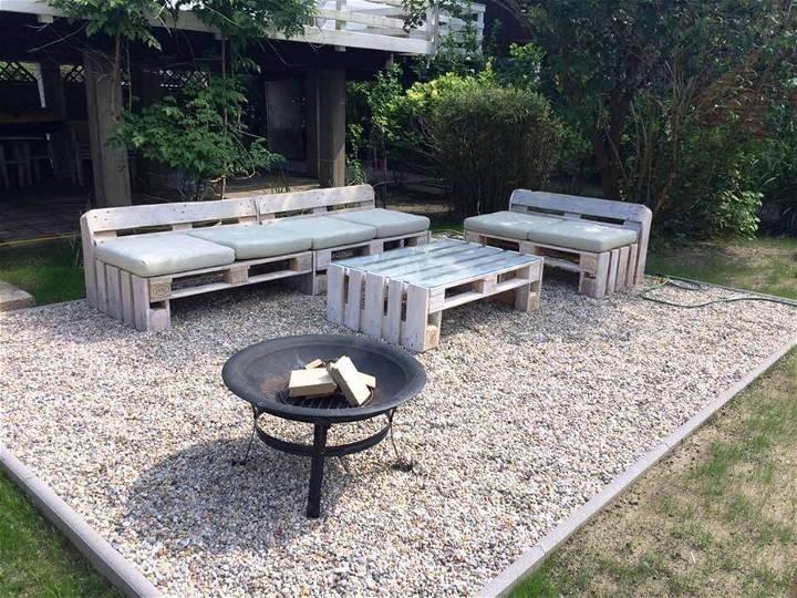 reclaimed pallet sofa set