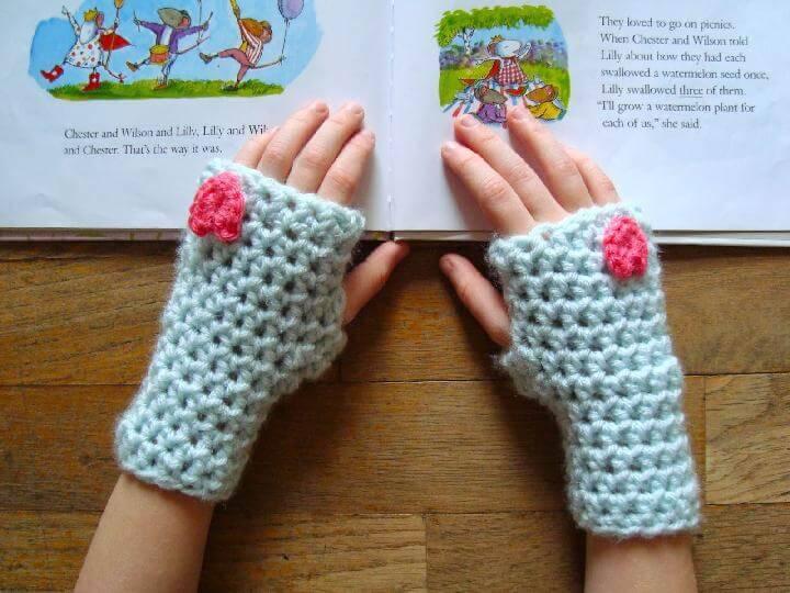Crochet Heart Mitts