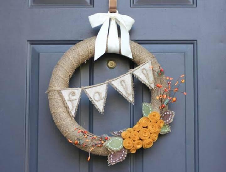 DIY Burlap Fall Wreath with Buntings