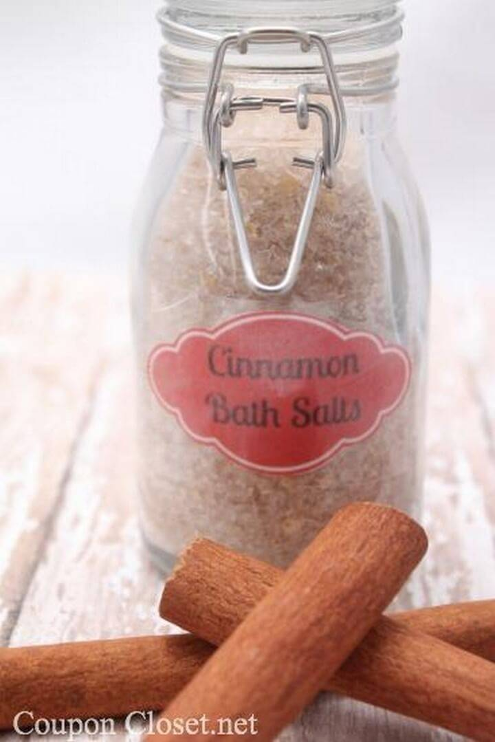 DIY Cinnamon Bath Salt in Mason Jar Gift