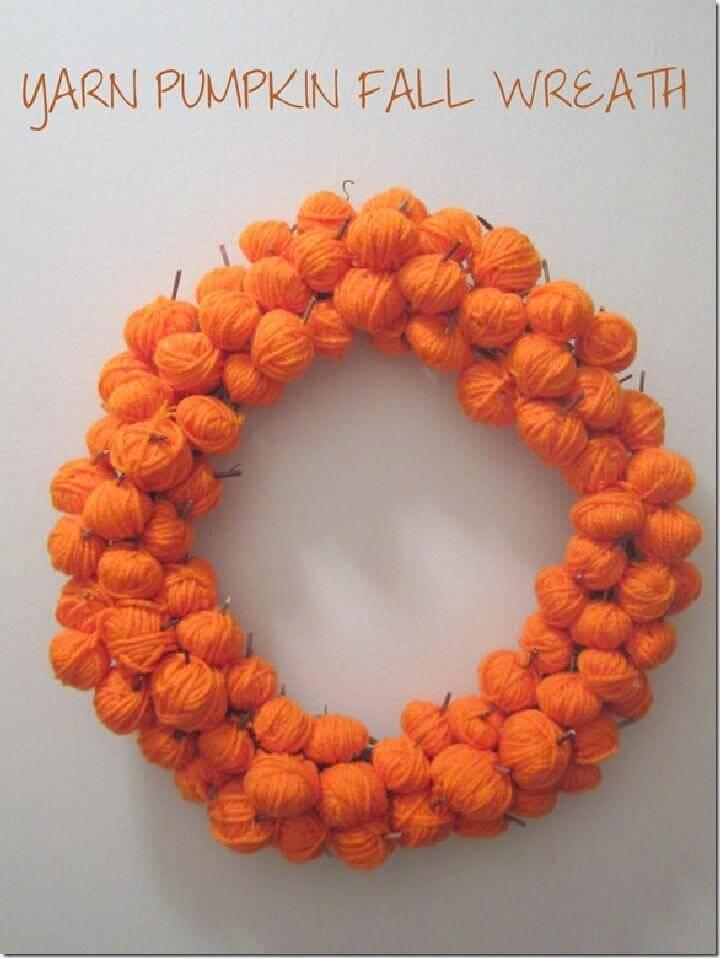 DIY Easy Yarn Ball Pumpkin Fall Wreath