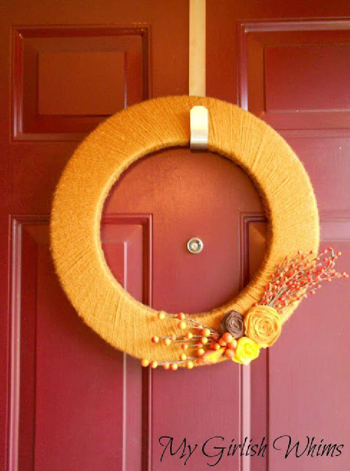 DIY Extra Beautiful Yarn Wrapped Fall Wreath