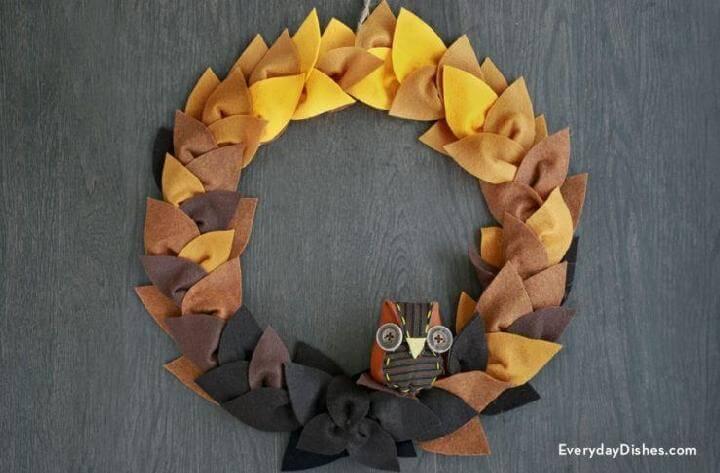 DIY Felt Leaf Wreath with Owl Accent