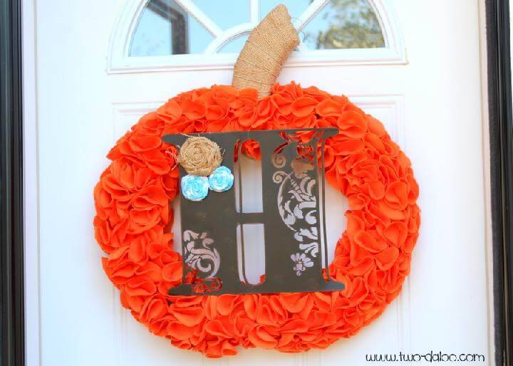 DIY Felt Pumpkin Monogram Fall Wreath