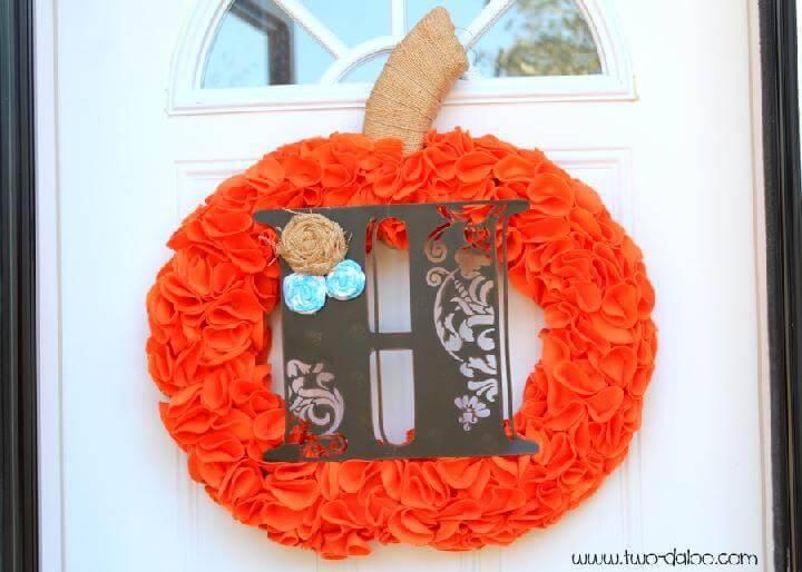 DIY Felt Pumpkin Monogram Fall Wreath