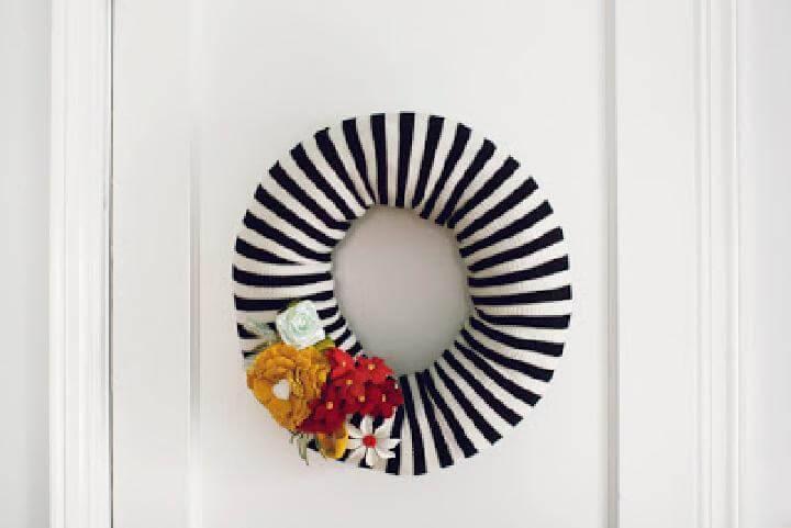 DIY Gorgeous Zebra Line Fabric Wrapped Fall Wreath