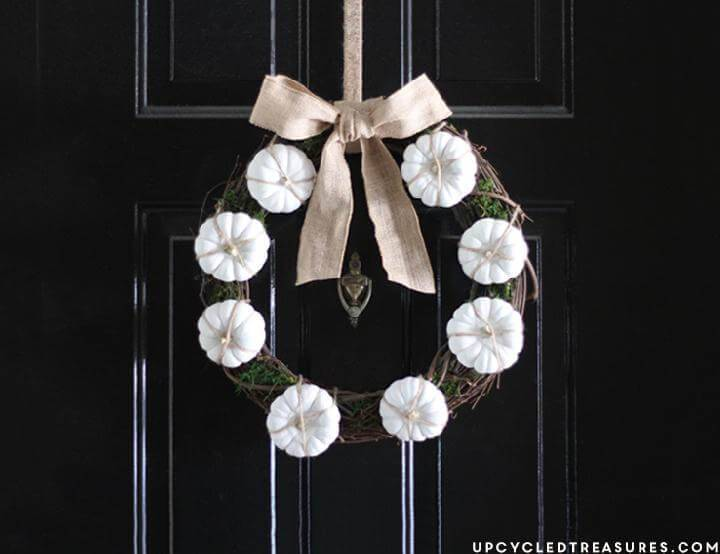 DIY Great Mini White Pumpkin Fall Wreath