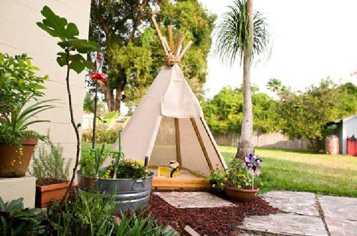 DIY Great Teepee Sandbox