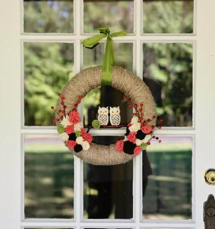 DIY Homemade Yarn Wrapped Fall Wreath