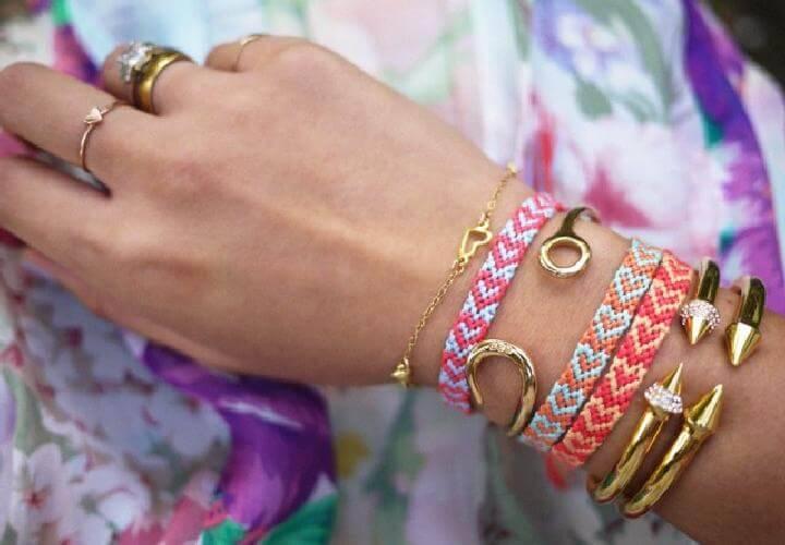 DIY Lovely Heart Friendship Bracelet