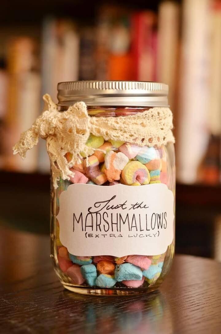 DIY Marshmallow Mason jar Gift