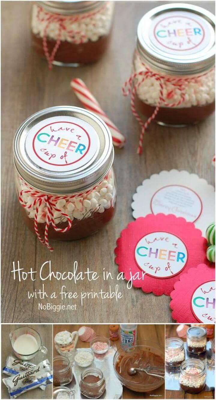 DIY Mini Mason Jar Hot Chocolate Gifts