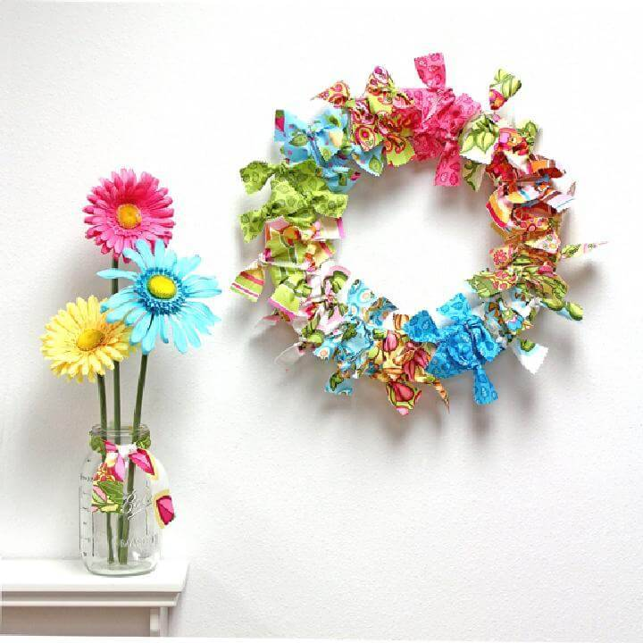 DIY No-Sew Beautiful Fabric Wreath