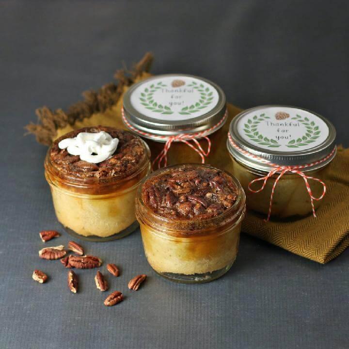 DIY Traditional Pecan Pie Mason Jar Gifts