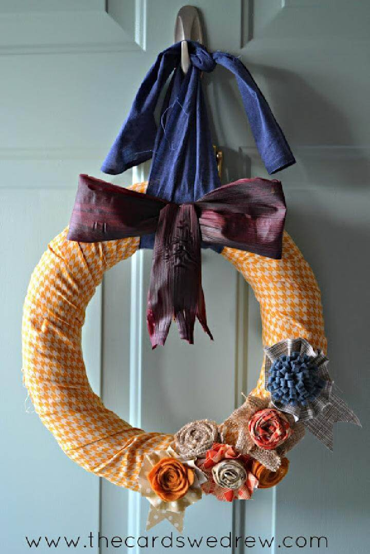 Homemade Fall Corn Husk Bow Wreath