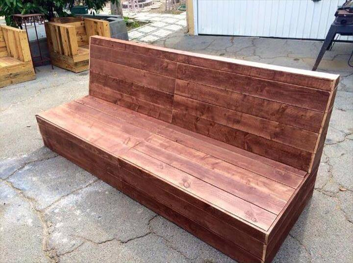 beefy wooden pallet bench