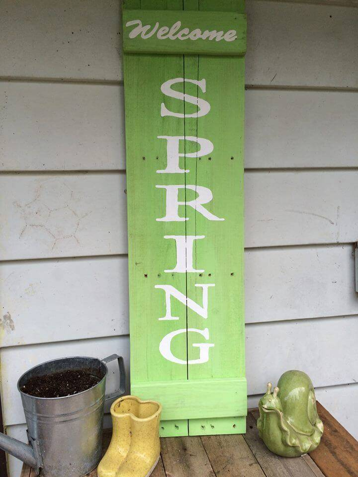 wooden pallet welcome spring wall art