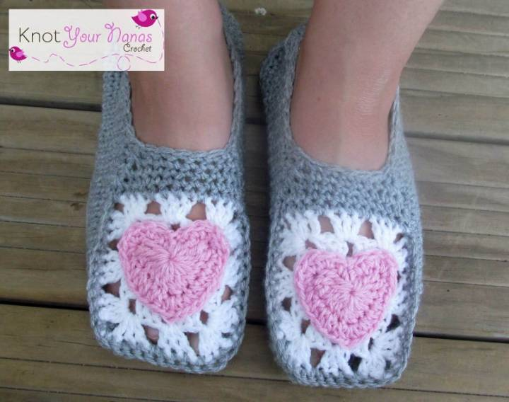 Free Crochet Cozy Slippers Pattern