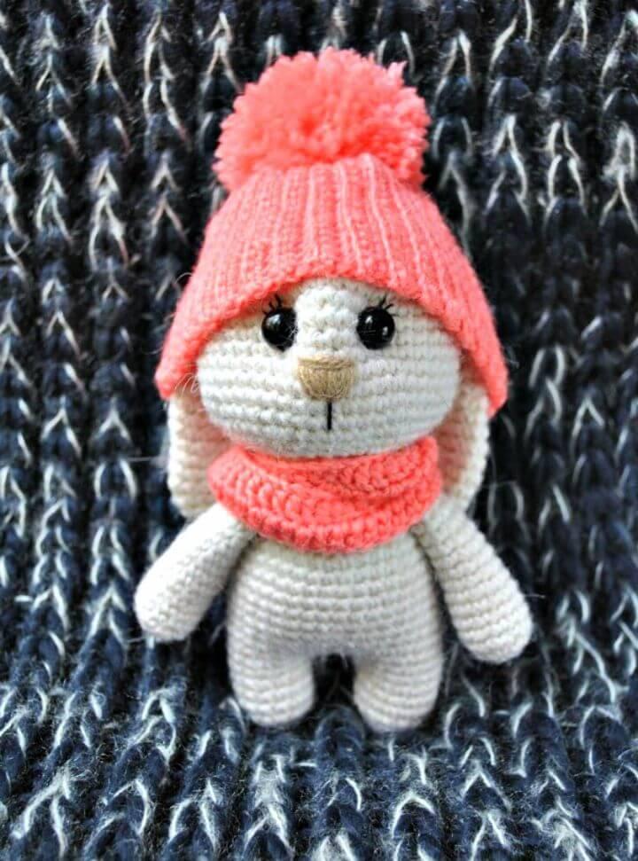 Free Crochet Adorable Bunny Amigurumi With Hat Pattern