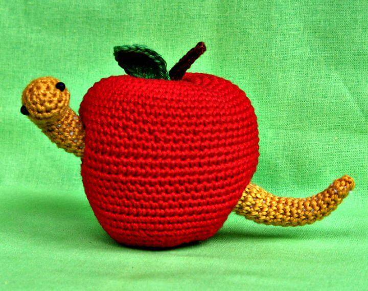 How To Free Crochet Amigurumi Wormy Apple Pattern