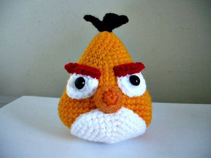 Crochet Angry Birds - Yellow Bird Free Amigurumi Pattern