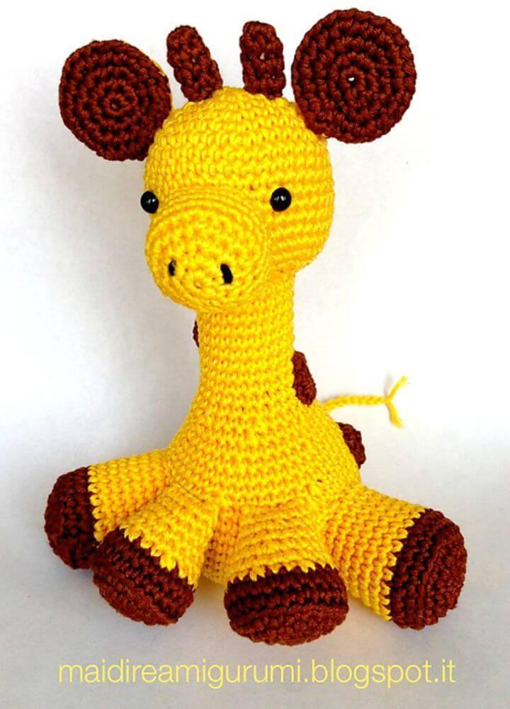 Crochet Baby Giraffe Amigurumi - Free Pattern