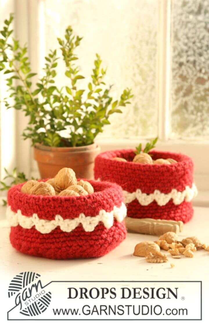 Free Crochet Basket For Christmas Nuts Pattern