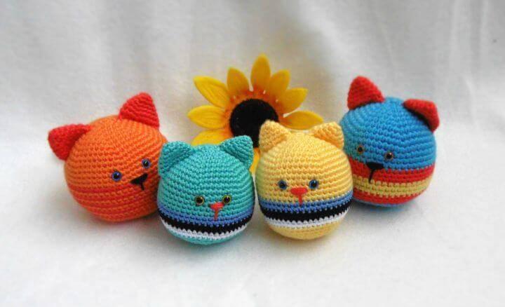Free Crochet Cat Stress-Ball Pattern