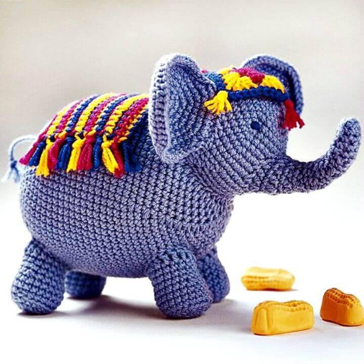 Free Crochet Circus Elephant Amigurumi Pattern