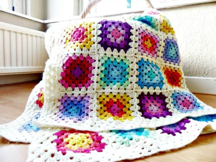 How To Easy Crochet Colourful Rainbow Granny Square Blanket Pattern